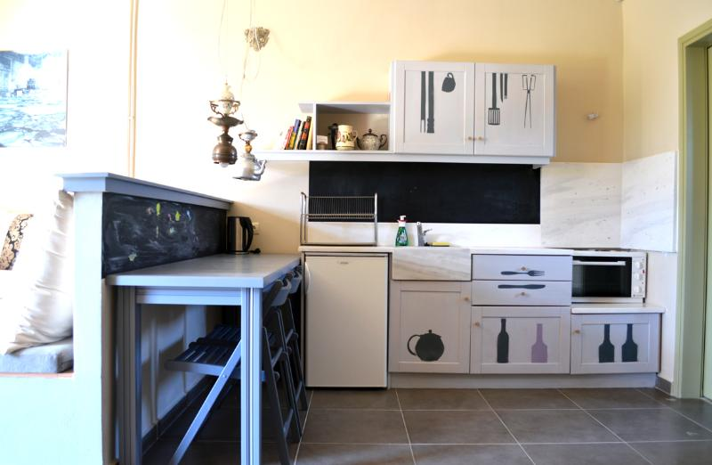 Kitchen - Residence overviewing historical site of Mystras - Mystras - rentals
