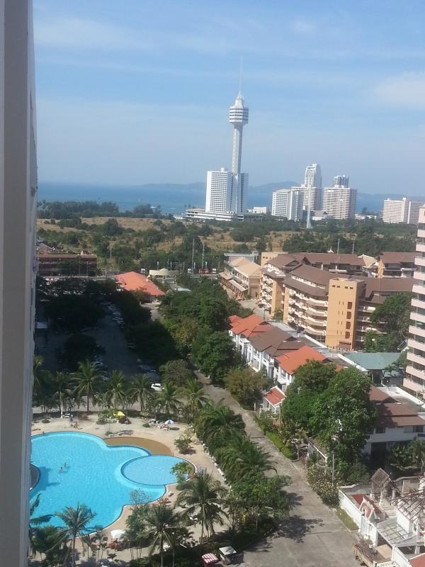 Sweeping panoramic views of ocean, islands, Pattaya City & the mountains - Gay Jomtien/Pattaya Condo:Big balcony, best views - Jomtien Beach - rentals
