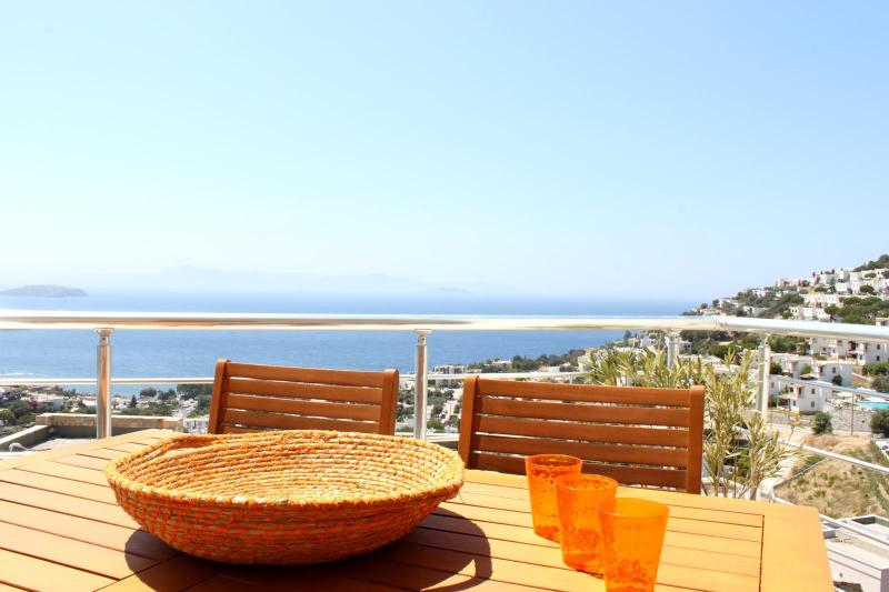 Balcony - Beautiful apartment with panoramic sea views - Bodrum - rentals