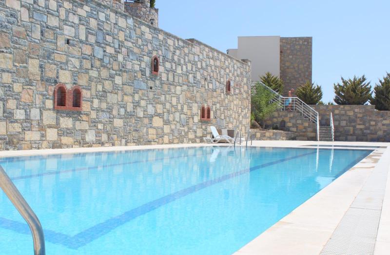 Swimming pool - Beautiful apartment with panoramic sea views - Bodrum - rentals