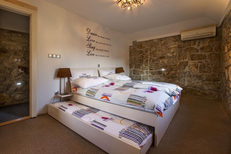 Bedroom on second etage - Villa Veli Varos Split old town - Split - rentals