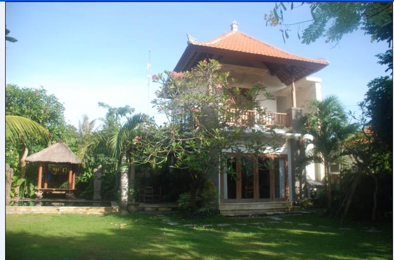 Self contained Villa with Pool, Thatched Roof Bale, kitchen, en-suite bathroom, Tropical Garden. - Cosy 2 Storey Villa, Pool, WIFI, Garden, Sanur - Sanur - rentals