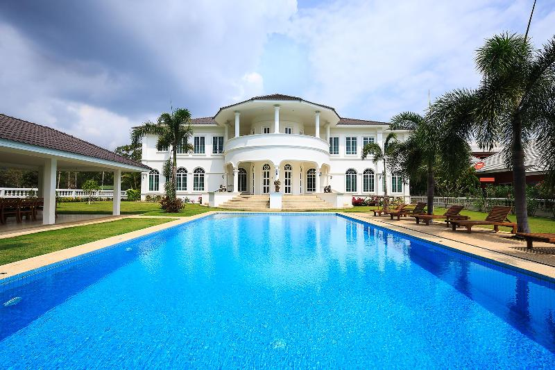 The White House Hua Hin - Image 1 - Hua Hin - rentals