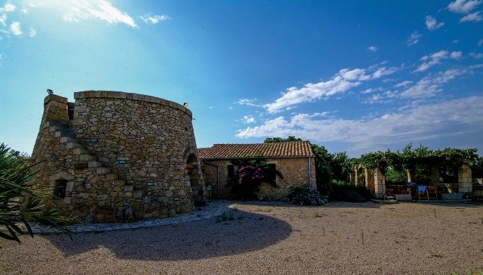 Outdoor overview - lovely cottage in the typical Trullo style (Salento) - Sternatia - rentals