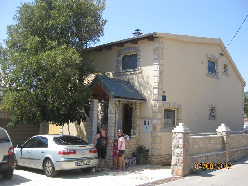 Property - APARTMENTS NADA TOP FLOOR - Karlobag - rentals