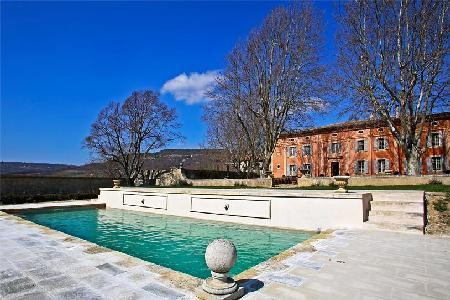 Bastide St Martin with heated pool, private tennis court & In-house chef and maid service - Image 1 - Luberon - rentals