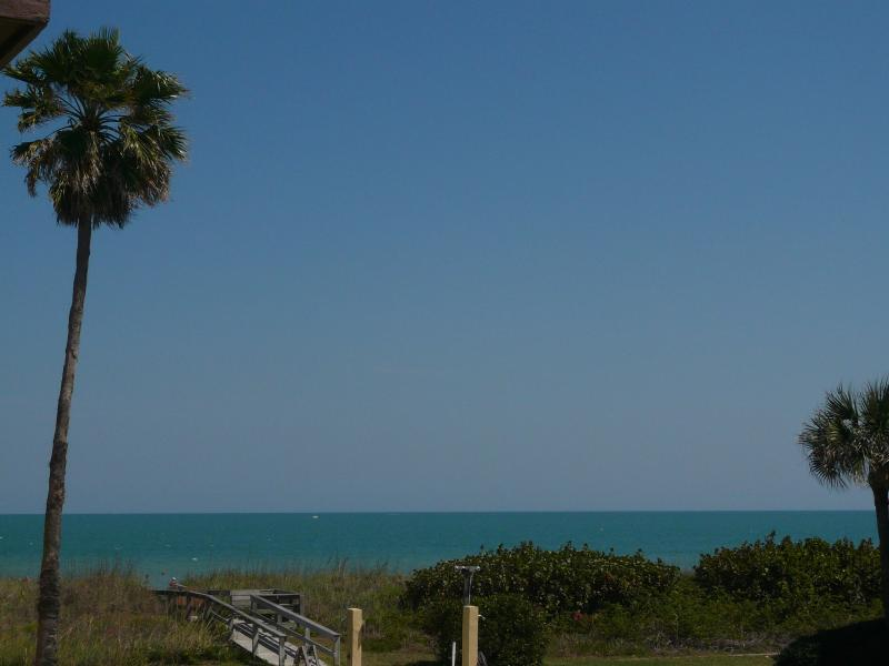 Private Sandy Beach Access - LuxuryCocoaBeachOceanView3 Bdm 2.5Bth Next to Pier - Cocoa Beach - rentals