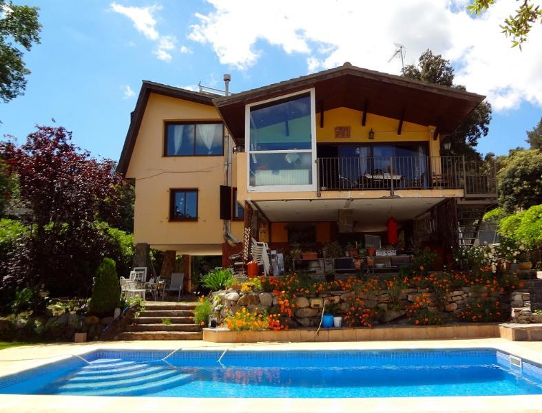 Leisurely Vistas Preciosas in the Catalonian hills for 8 guests 25km from Barcelona - Image 1 - Castellar del Valles - rentals