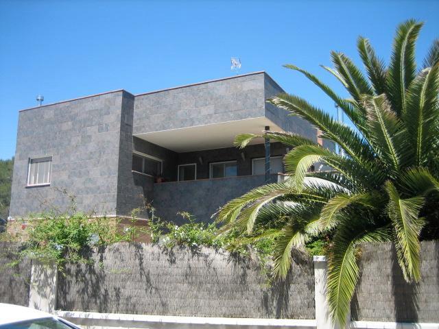 Five-bedroom villa in Can Vinyals, nestled in the hills between Barcelona and Girona - Image 1 - Sentmenat - rentals