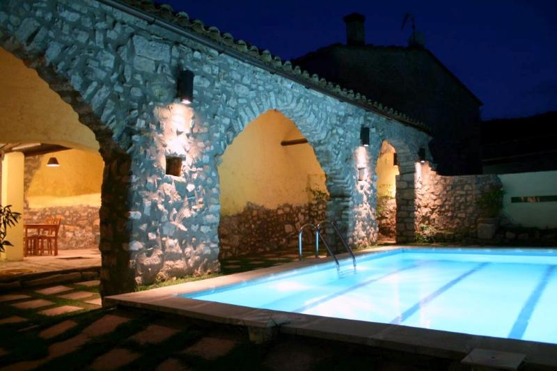Magnificent medieval villa with 9 bedrooms for 22 guests, in the hills of Catalonia - Image 1 - La Llacuna - rentals