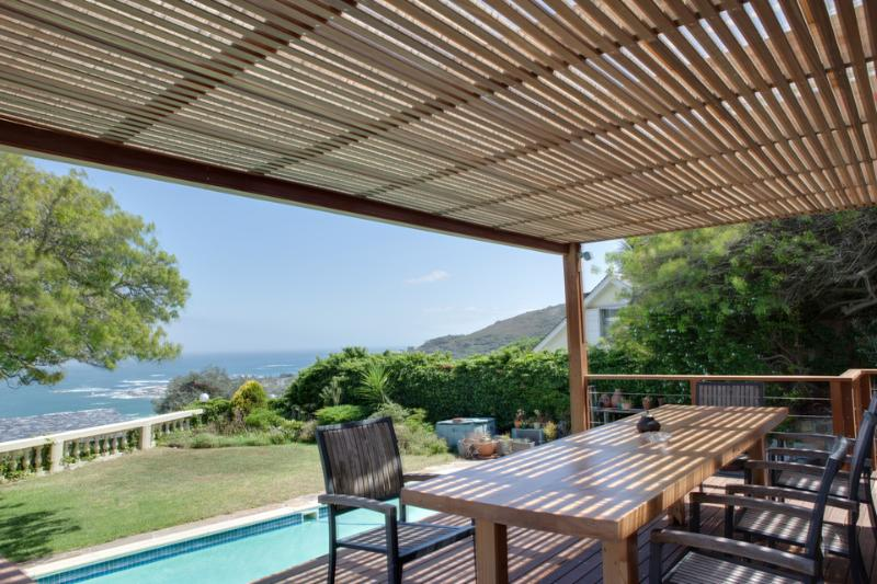 Pool deck - 17 on Woodford - Camps Bay - rentals