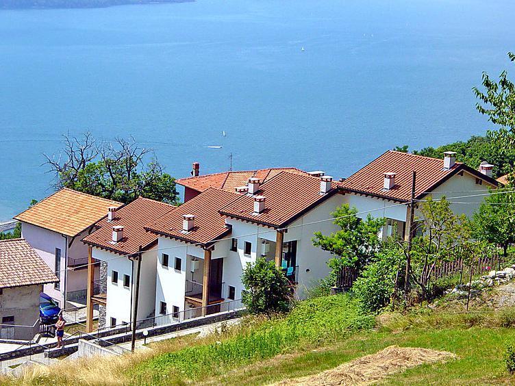 Apartment exterior - Design lake apt with pool and lake view - Montemezzo - rentals