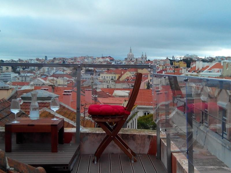 Beautiful Bairro Alto 2 BR duplex has a private terrace with great Lisbon Views - Bairro Alto 2BR/2BA Duplex w/Terrace and A/C - Lisbon - rentals