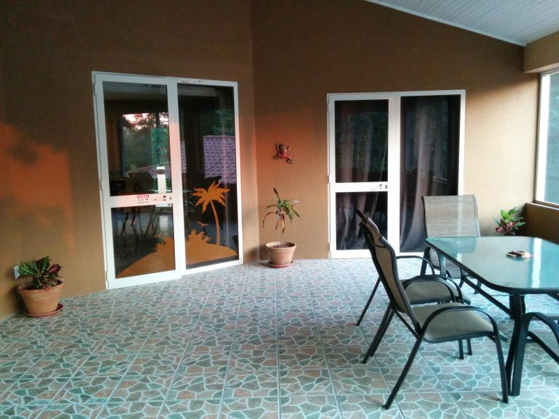Screened in Lanai - 2BR 2BA NEW  Westbay home w/ private beach access - West Bay - rentals