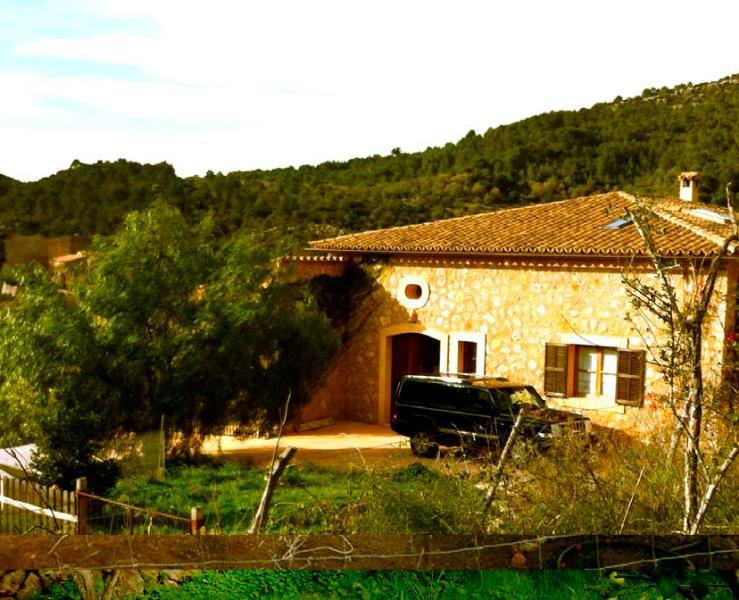 Amazing Villa in the mountains - Image 1 - Esporles - rentals