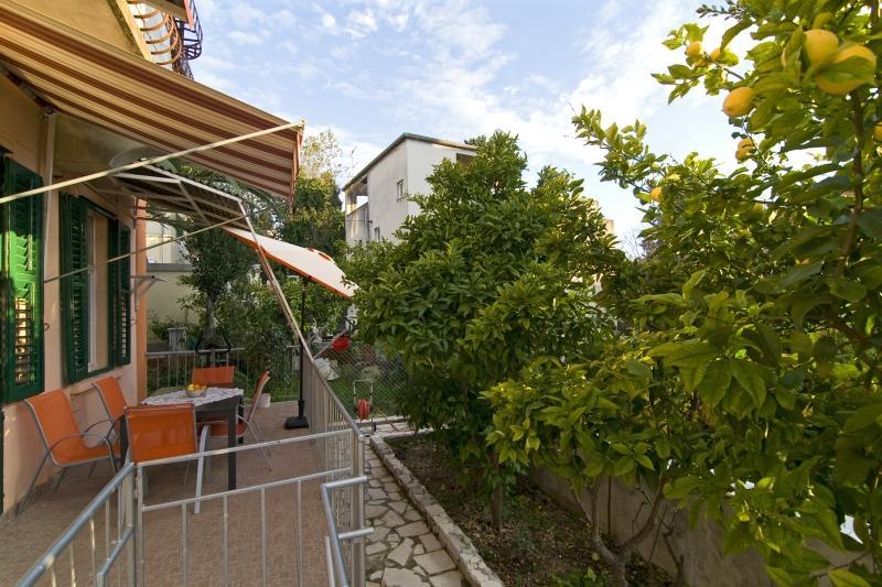 Terrace - Apartment Iva, Split -Bacvica, Dalmatia regin - Split - rentals