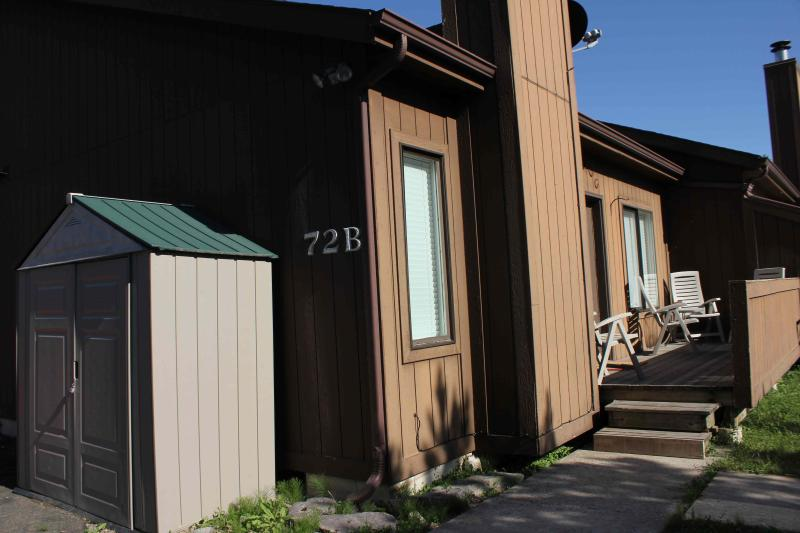 Outside of condo view - Whitefish Holiday Haven condo close to skiing - Whitefish - rentals