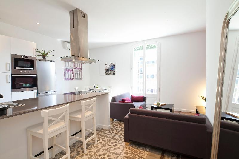 Spacious Living Room - Central Suites Barcelona Clara - Barcelona - rentals