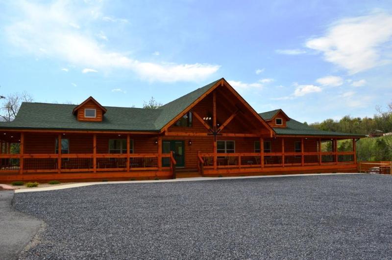 The Lodge at Hawksbill Retreat - Hawksbill Retreat - The Lodge - Luray - rentals