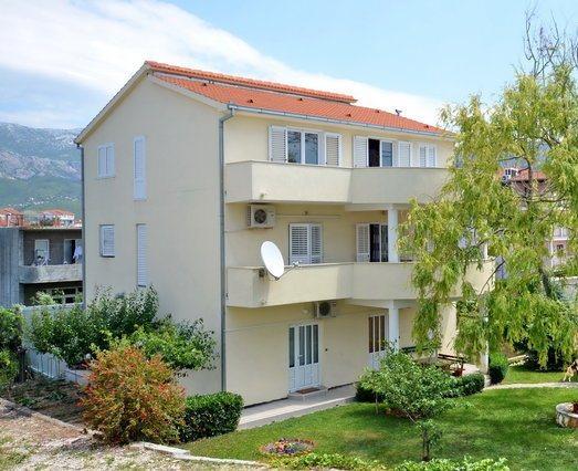 Apartments Stobreč no.2 - Image 1 - Split - rentals