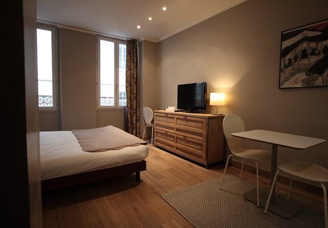 Petit Roch: Amazing and Modern Studio near Louvre - Image 1 - Paris - rentals