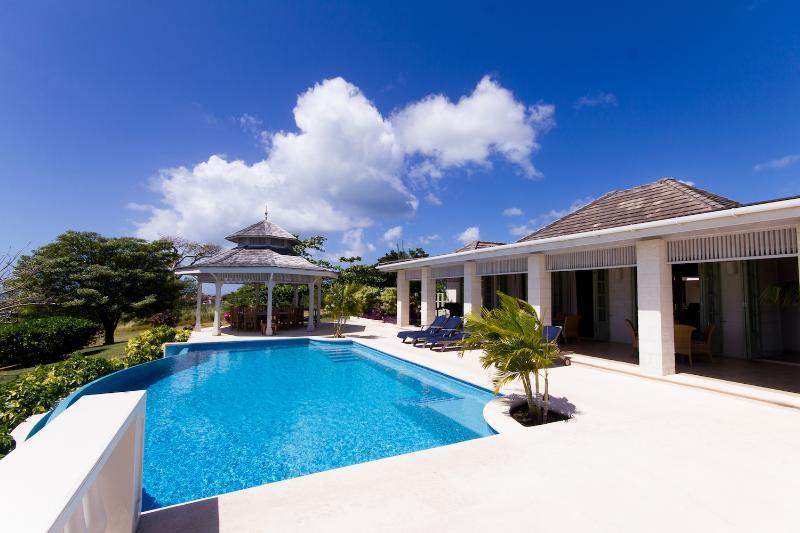 Pool - Hummingbird Villa - 5 bedroom Luxury Villa - Lance Aux Epines - rentals