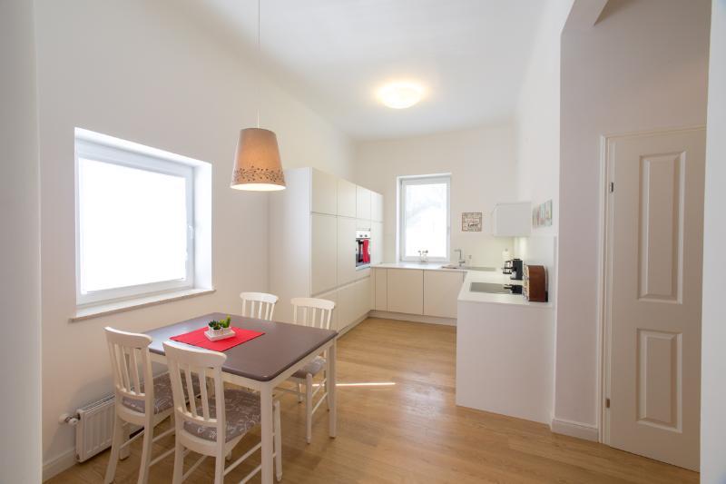 Kitchen with dining area - Casa Giulia Vacation Home | nearby Vienna, Austria - Klosterneuburg - rentals