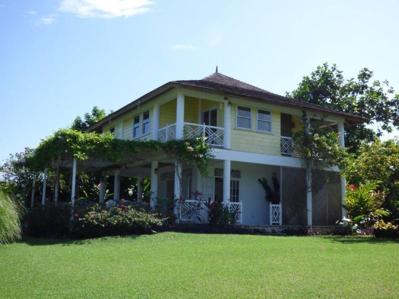 Villa 1 at Chukka Cove - Ocean Front Villa at Chukka Cove - Runaway Bay - rentals
