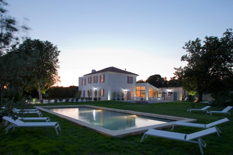 Aix en Provence Luxury Rental with Heated Pool and Dinner Included in Rent - Image 1 - Aix-en-Provence - rentals