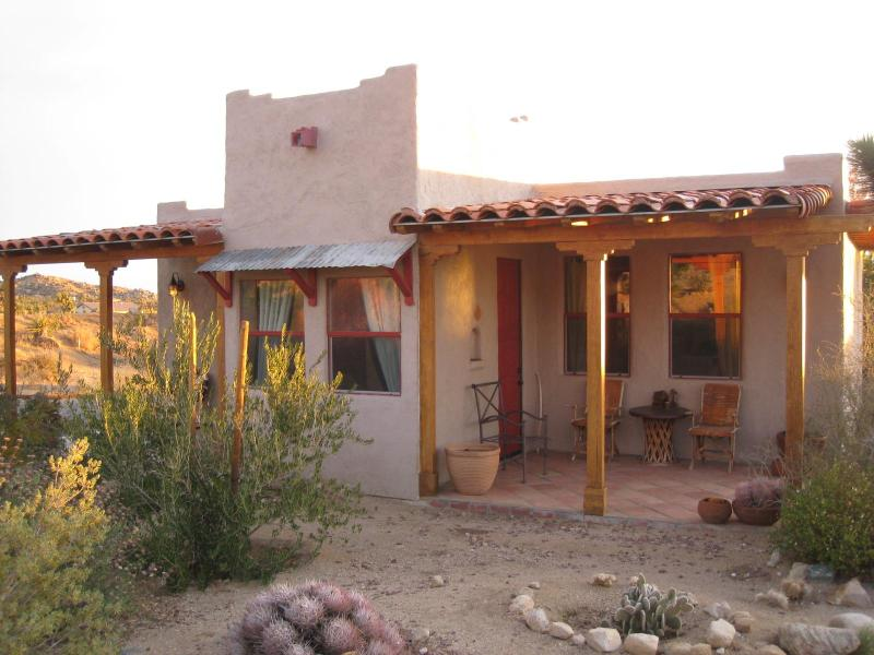 Casita at Sunrise.  Front porch - Rancho Mojave a Home for the Soul In Joshua Tree - Pioneertown - rentals