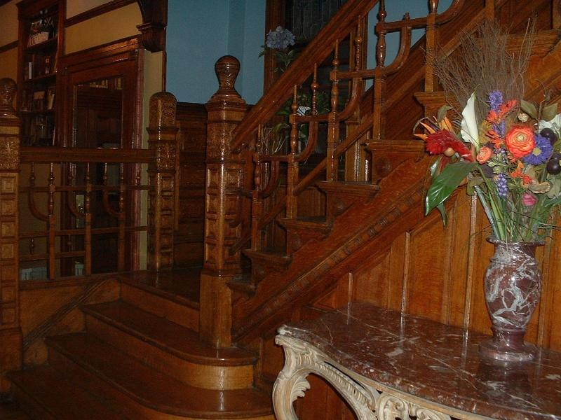 Staircase in Lobby - 3rd Floor Family Suite -Mini Mansion- Near Downtown - Chicago - rentals