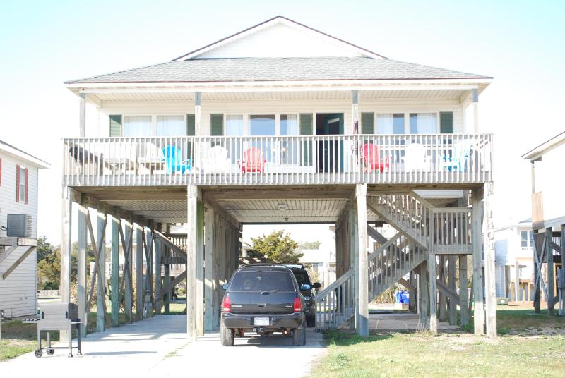 Beach House get away! - Beach House steps to sandy toes! - Oak Island - rentals