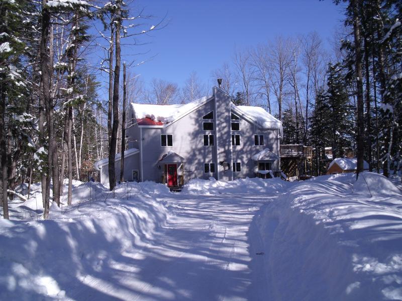 BIRCH HOUSE IN WINTER - House Has It All- Lake-beach, Pool, Ski Mountain - Bridgton - rentals