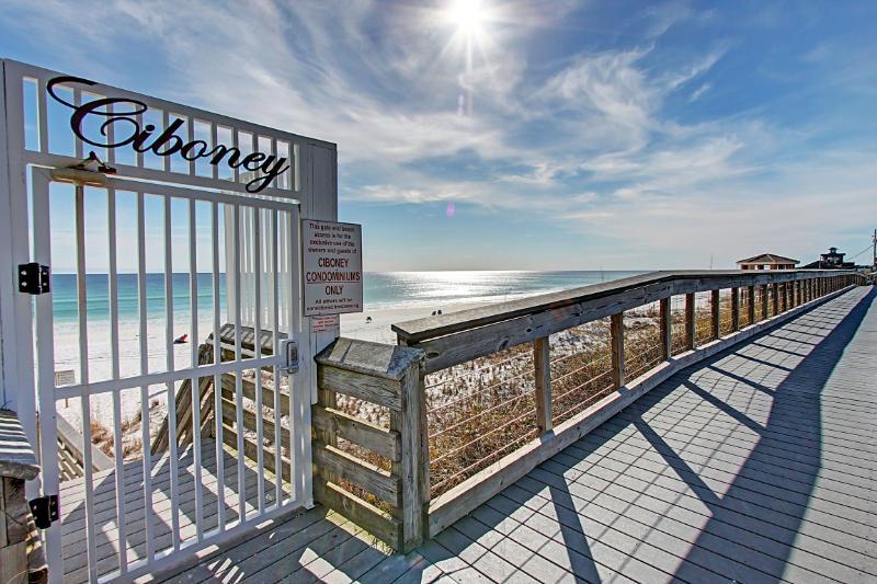 Ciboney 4003- AVAIL 8/9-8/16**10% OFF SumMeR Stays**Across st fr Miramar Beach! Book Online! - Image 1 - Miramar Beach - rentals
