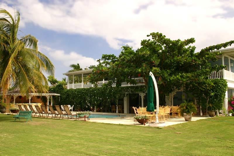 A Summer Place at Discovery Bay, Jamaica - Beachfront, Pool, Tennis Court - Image 1 - Discovery Bay - rentals