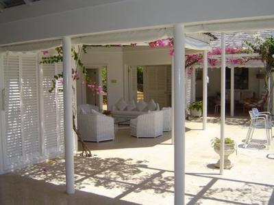 Beautiful 2 Bedroom Villa with Private Pool in Round Hill - Image 1 - Hope Well - rentals