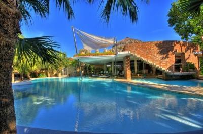 6 Bedroom Villa with Private Pool in La Romana - Image 1 - Altos Dechavon - rentals