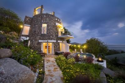 2 Bedroom Villa with Private Pool & Terrace in Nail Bay - Image 1 - Nail Bay - rentals