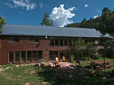 Big - sleeps 14 - enjoy this private back yard - Phenomenal Eco-Friendly 5BR Lodge Bordering Forest - Woodland Park - rentals