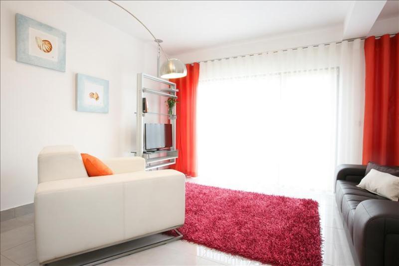 Coral | Atalaia Apartments - Image 1 - Area Branca - rentals