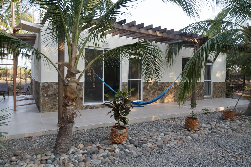 3BD Bungalow with lagoon and ocean access - Image 1 - Acapulco - rentals