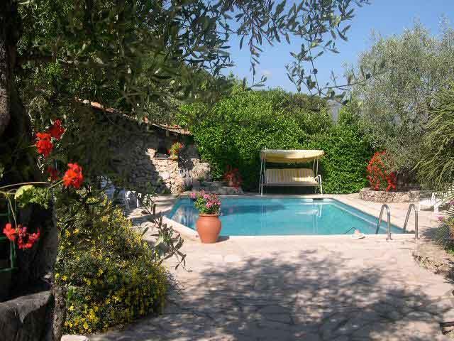 Exotic Pool Terrace - Luxury  Apartment in villa with pool 20 mins Nice - Saint-Laurent du Var - rentals