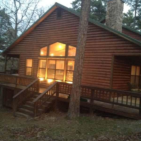 Peaceful Hilltop Luxury Cabin, Family Friendly - Image 1 - Broken Bow - rentals