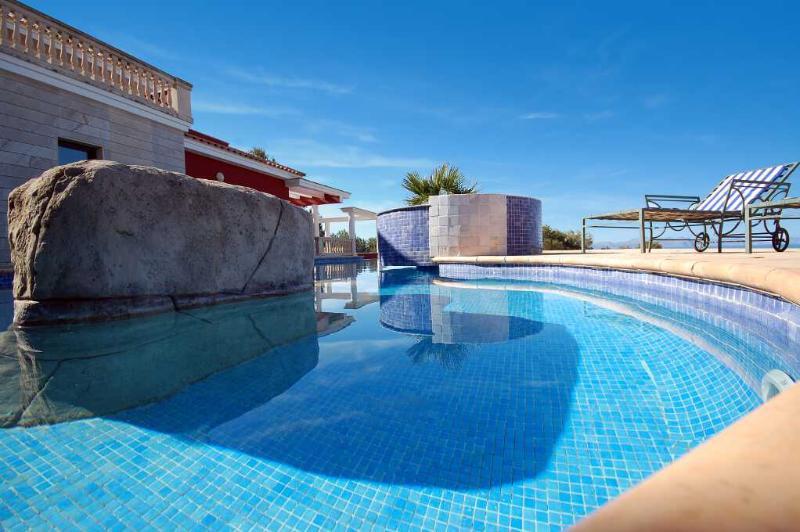 Fantastic villa with panoramic sea views - Image 1 - Arta - rentals