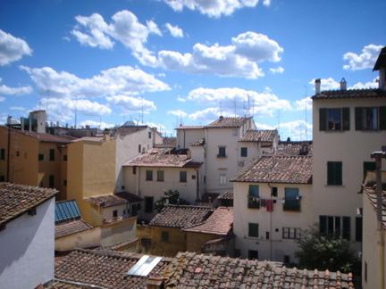 View from master bedroom - Sunny Two-Bedroom In The Heart of Florence - Florence - rentals