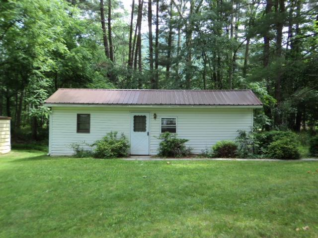Cabin - Outside - Quiet, Homely Cabin on the Banks of Large Creek! - Jersey Mills - rentals