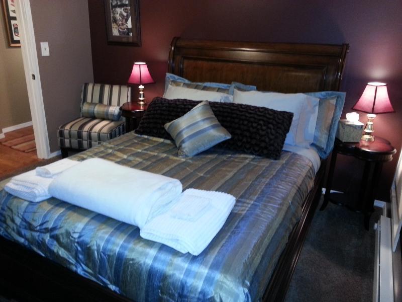 Seward Suite - Bedroom 2 - The Dining Inn - Luxurious Seward Suite - Juneau - rentals