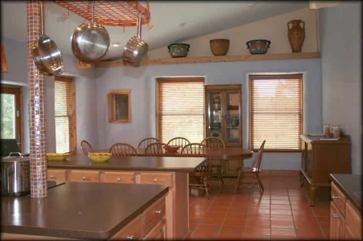Family and Friends enjoy dinner here! - Friends and Family-Luxury, Spacious Lake House- - Canyon Lake - rentals