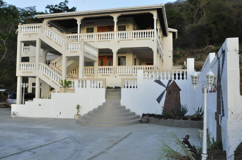 Windmill Villa - Welcome to Windmill Villa!  Your  home away from home. - Carriacou - rentals