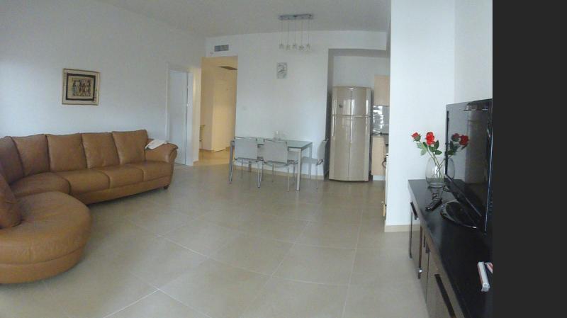 Salon - Central Location  2 BD with Free Parking!! - Jerusalem - rentals